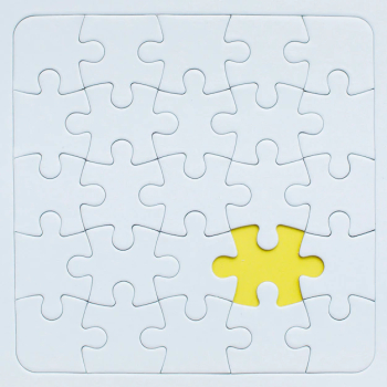 Puzzle mockup with yellow piece.