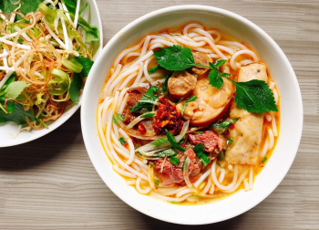 Noodles With Meat And Mint On Top